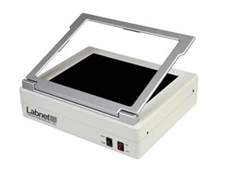 Transiluminador modelo Enduro UV, dois comprimentos de onda: 302nm e 365nm marca Labnet